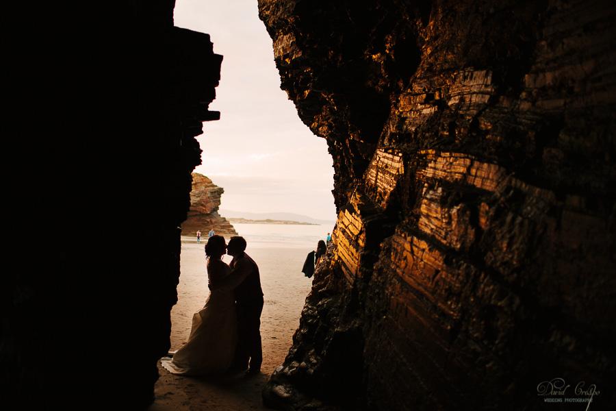 PostBoda en Playa de Las Catedrales, As Catedrais, Ribadeo, Lugo. Fotografo de bodas David Crespo (30)