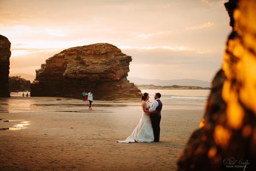 PostBoda en Playa de Las Catedrales, As Catedrais, Ribadeo, Lugo. Fotografo de bodas David Crespo (33)