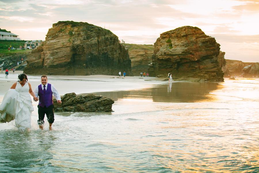 PostBoda en Playa de Las Catedrales, As Catedrais, Ribadeo, Lugo. Fotografo de bodas David Crespo (38)