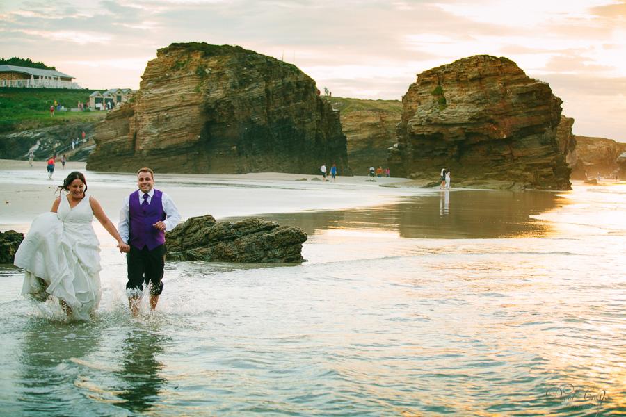 PostBoda en Playa de Las Catedrales, As Catedrais, Ribadeo, Lugo. Fotografo de bodas David Crespo (39)