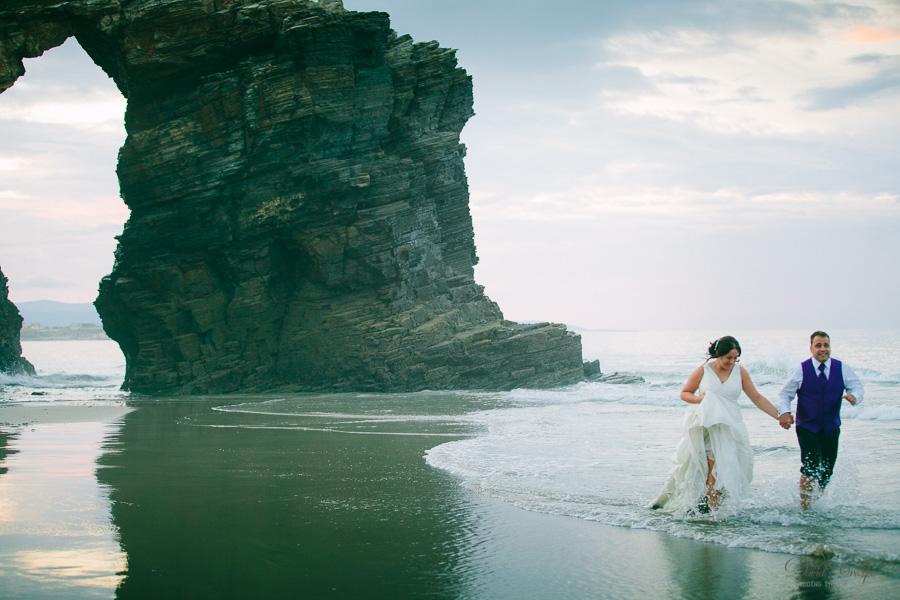PostBoda en Playa de Las Catedrales, As Catedrais, Ribadeo, Lugo. Fotografo de bodas David Crespo (74)